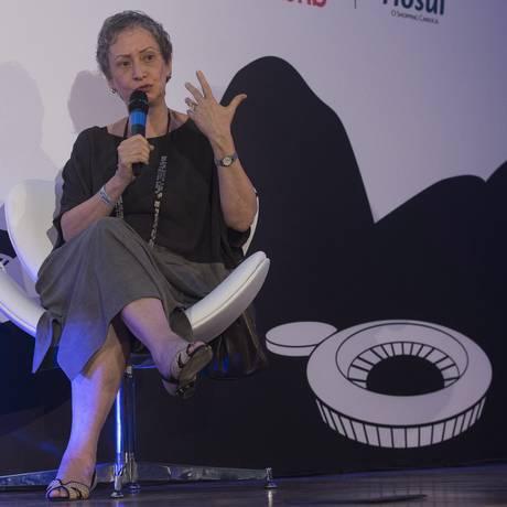Lidia Goldenstein, vice-presidente da Fundação Bienal de São Paulo, durante debate sobre economia criativa no 'Reage, Rio!' Foto: Julio Cesar Guimaraes / Agência O Globo