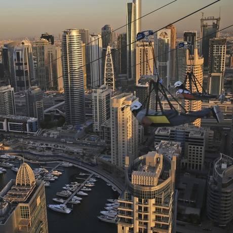 Tirolesa em Dubai Foto: AP