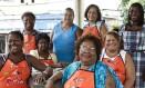 Feira das Yabás. Tia Surica lidera o time de matriarcas do samba Foto: Guito Moreto / Agência O Globo