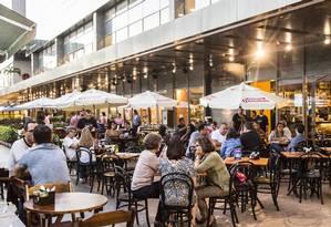Vogue Square tem seis restaurantes, e passou a oferecer opções especiais em novembro, sempre de quarta a sexta Foto: Hermes de Paula / Agência O Globo