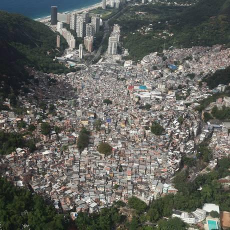 A Favela da Rocinha Foto: Genilson Araújo / Parceiro / Agência O Globo / Arquivo