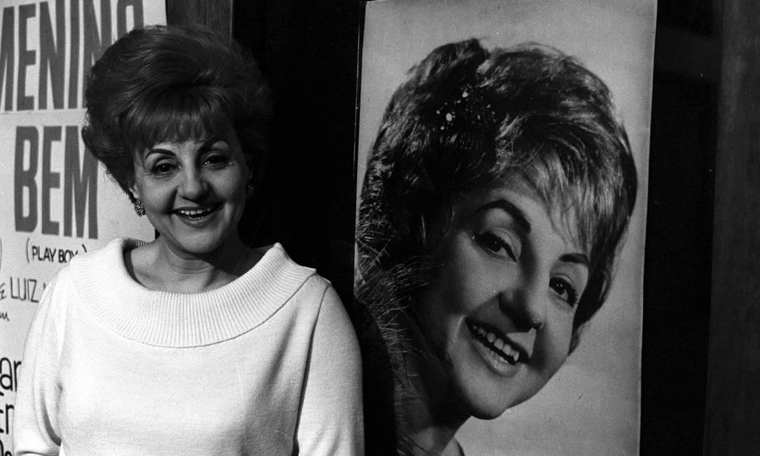 """Eva em 13 de outubro de 1965. Antes de ingressar nas novelas, a atriz comandou um programa próprio na TV Tupi chamado """"As aventuras de Eva"""". Foto: Arquivo / Agência O Globo"""