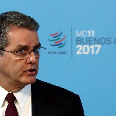 Roberto Azevedo disse na abertura dda conferência que a ameaça do protecionismo persiste Foto: MARCOS BRINDICCI / REUTERS