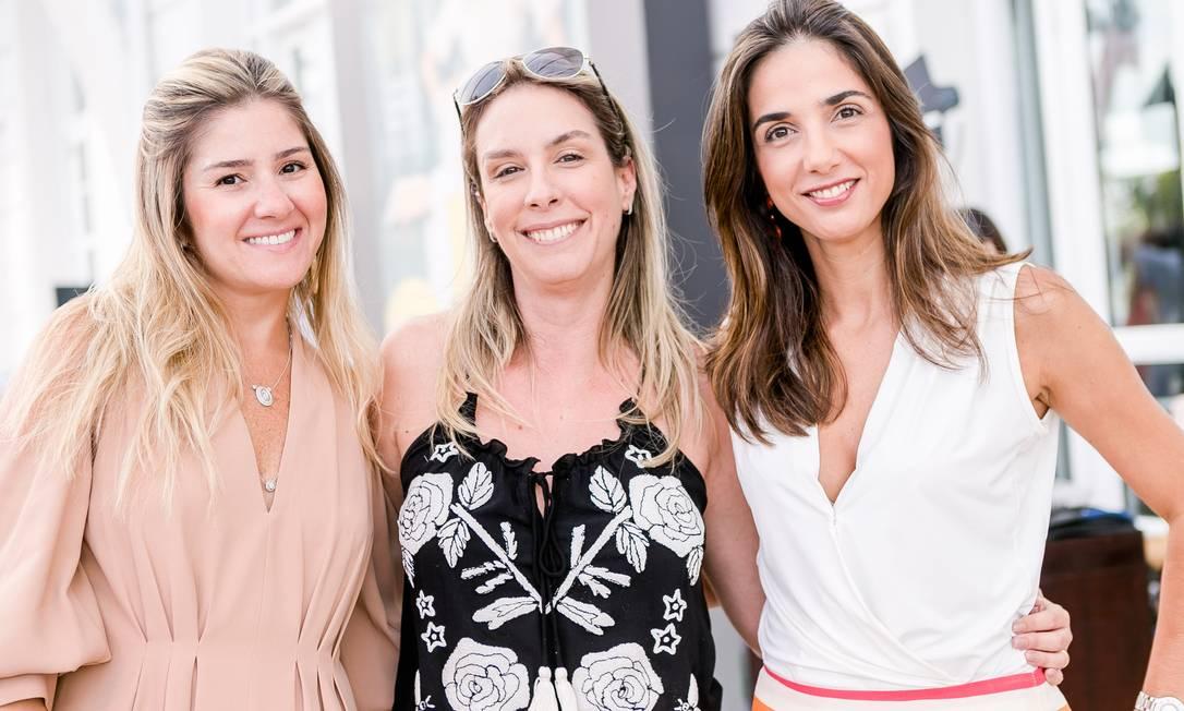 Laila Franca, Carina Freitas e Cris Conforto Foto: Bruno Ryfer / www.brunoryfer.com