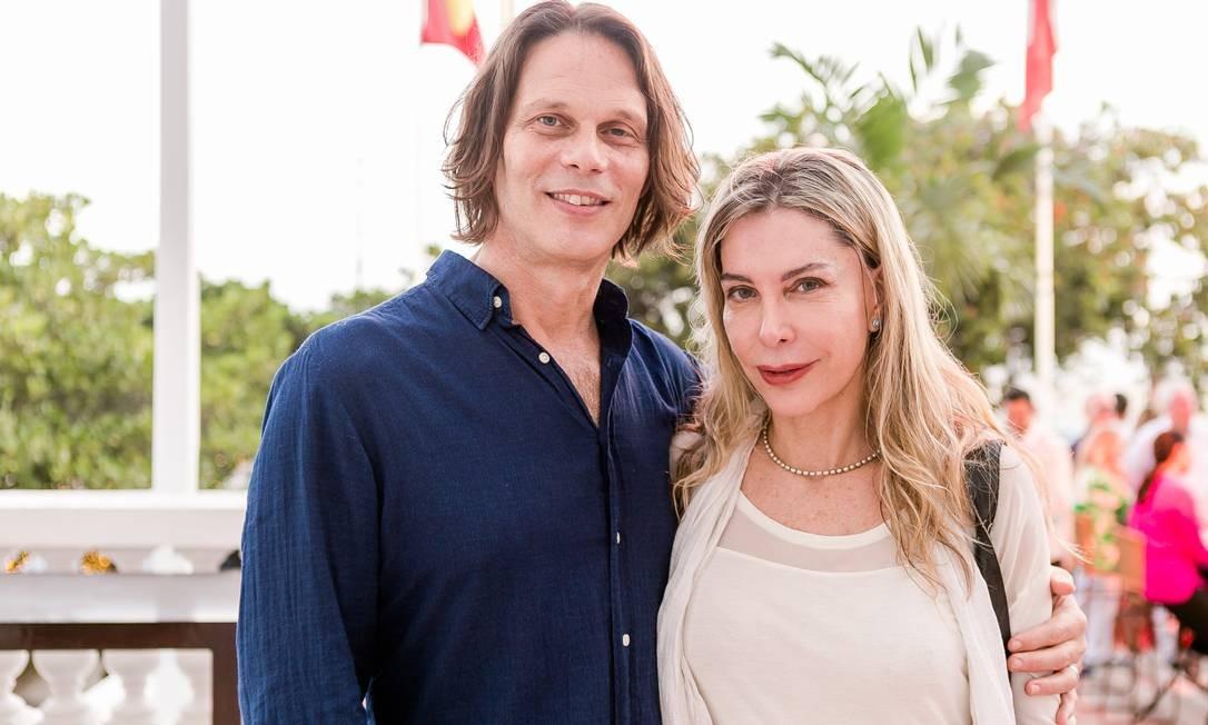 Peter Picolin e Rhana Abreu Bruno Ryfer / www.brunoryfer.com