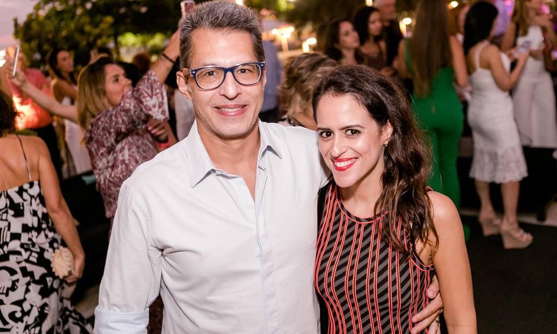 Theo Chermont de Brito e Paula Bezerra de Melo Bruno Ryfer / www.brunoryfer.com