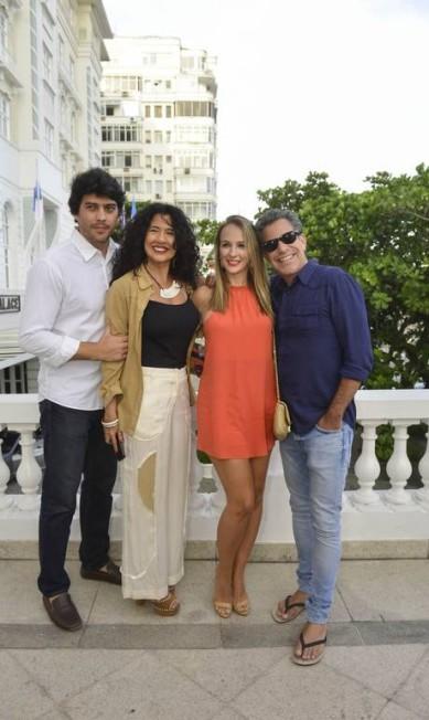 Alex Pires, Bianca Teixeira, Larissa Contijo e Luís Calainho Fabio Cordeiro