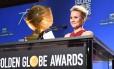 A atriz Kristen Bell apresenta os indicados ao Globo de Ouro 2018 Foto: ROBYN BECK / AFP