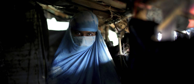 N, 17, sangrou por cinco dias após ser estuprada. Os parentes foram forçados a assistir. Quando gritavam, os soldados os batiam. Acabaram ficando em silêncio durante o ato. Foto: Wong Maye-E / AP