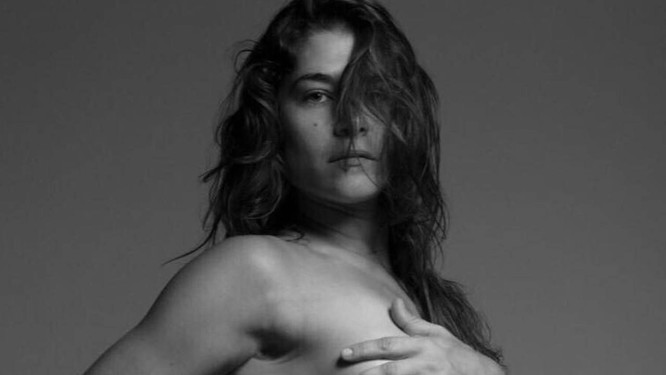 A atriz Priscila Fantin posou nua para o projeto fotográfico de Brunno Rangel e Marcelo Feitosa, chamado Pele Project Foto: Reprodução