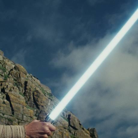 A atriz Daisy Ridley como a Rey de 'Star Wars: Os últimos Jedi' Foto: AP