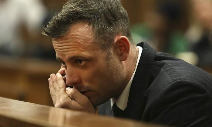 Oscar Pistorius ferido em briga na cadeia