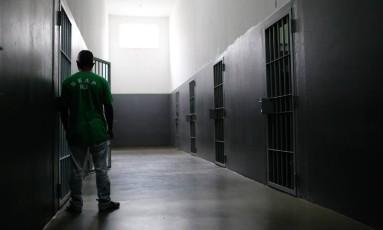 Apenas um quarto dos presos no estado do Rio tem acesso a programas de ressocialização Foto: Pablo Jacob / Agência O Globo