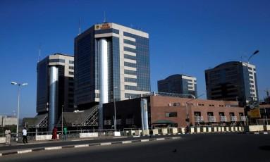 Sede de Companhia Nacional de Petrólo da Nigéria, em Abuja Foto: AFOLABI SOTUNDE / REUTERS