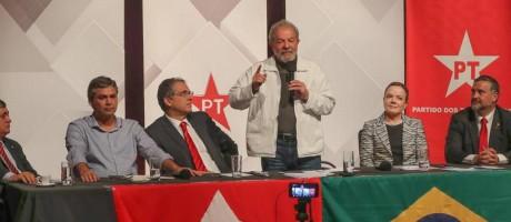 O ex-presidente Luiz Inácio Lula da Silva em discurso a militantes no Distrito Federal Foto: Divulgação