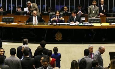 Congresso derruba veto de Temer e impõe limite para autofinanciamento de candidatos Foto: Givaldo Barbosa / Agência O Globo