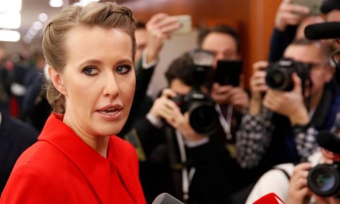 Personalidade de TV Ksenia Sobchak é conhecida como'Paris Hilton russa- MAXIM SHEMETOV  REUTERS