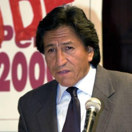 Alejandro Toledo durante campanha para eleições presidenciais em 2000 Foto: Dolores Ochoa / AP