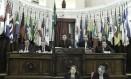 Orçamento 2018. Vereadores em plenário na sessão de sexta-feira, em que o projeto foi aprovado Foto: Divulgação