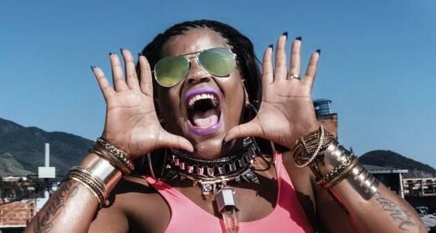 Frases De Efeito Ganham Espaço Na Moda E Na Decoração Jornal O Globo