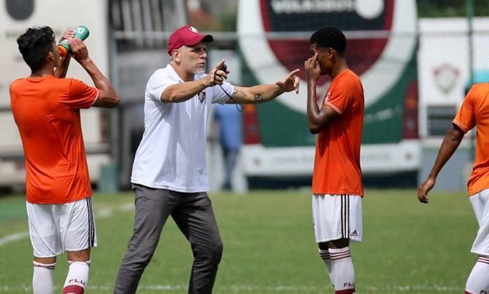 Filha de treinador do sub-20 Fluminense morre em acidente de carro