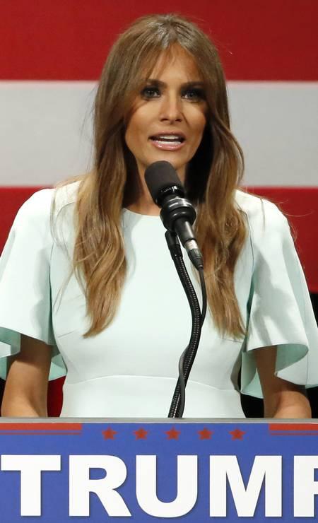 Melania Trump durante a campanha presidencial nos EUA, em discurso a favor do marido, Donald Foto: Charles Rex Arbogast / AP