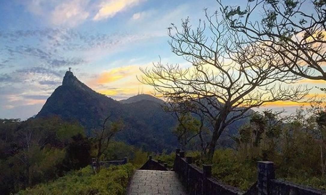 O pôr do sol no Mirante Dona Marta Foto: @johannbs / Instagram