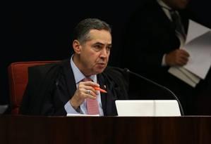 O ministro do STF (Supremo Tribunal Federal), Luís Roberto Barroso, durante sessão da Primeira Turma 28/11/2017 Foto: Givaldo Barbosa / Agência O Globo