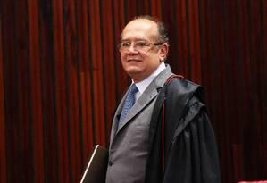 Ministro Gilmar Mendes teve linha de celular cancelada nesta quinta-feira Foto: Ailton de Freitas / Agência O Globo
