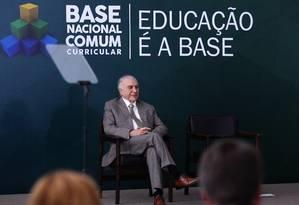 O presidente Michel Temer participa da Cerimônia de Homologação da Base Nacional Comum Curricular Foto: Jorge William / Agência O Globo