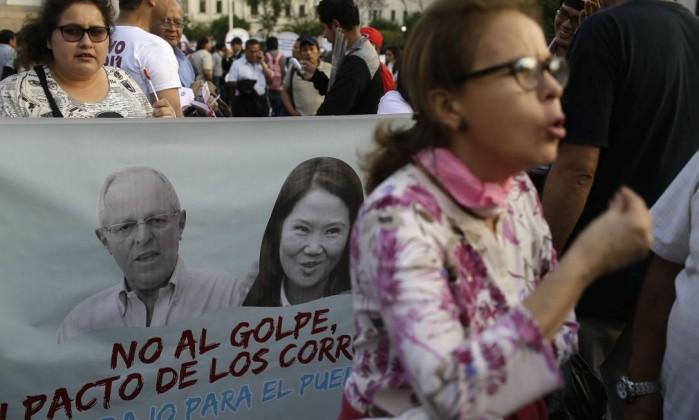 Oposição do Peru anuncia apoio ao vice-presidente caso Kuczynski seja cassado