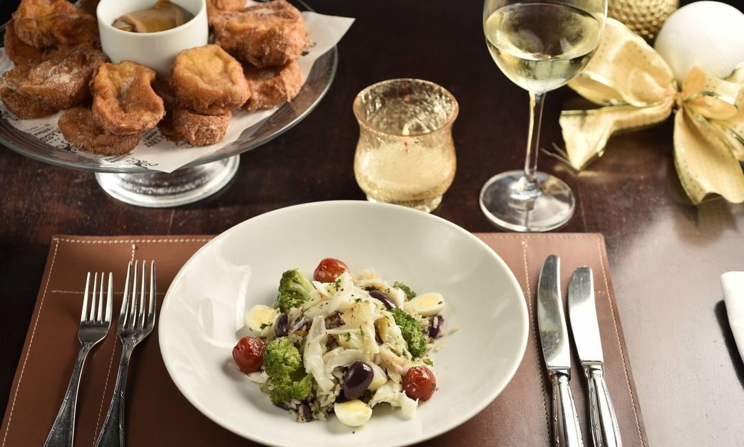 Masserini Osteria di Mare: aberto mês passado, na Viera Souto, o restaurante serve um bufê com saladas, cama~ro, polvo e camarão Foto: Divulgação/Bruno de Lima