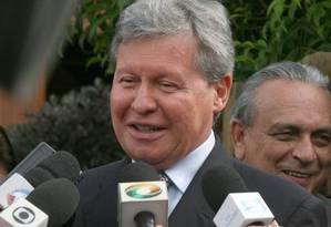 O prefeito de Manaus, Arthur Virgilio (PSDB-AM), cobra explicações do governador de São Paulo, Geraldo Alckmin (PSDB-SP), sobre denúncias de formação de cartéis em obras do estado Foto: Givaldo Barbosa / Agência O GLOBO (27/01/2009)