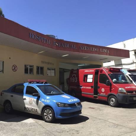 No limite. A entrada da emergência no Hospital Estadual Azevedo Lima, no Fonseca: greve relâmpago quinta-feira Foto: Thiago Freitas / Thiago Freitas/16-3-2017