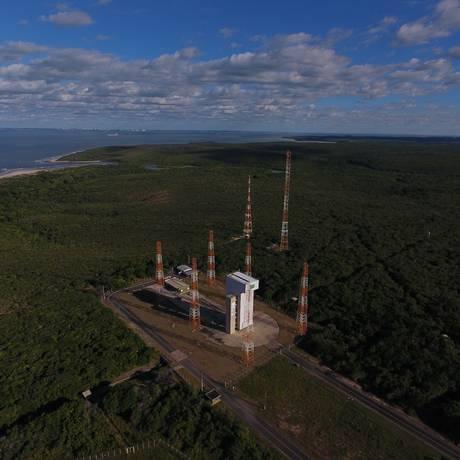 Por falta de foguete, a base de Alcântara (MA) nunca colocou um satélite na órbita da terra e está subutilizada desde 2003, quando um acidente matou 21 pessoas