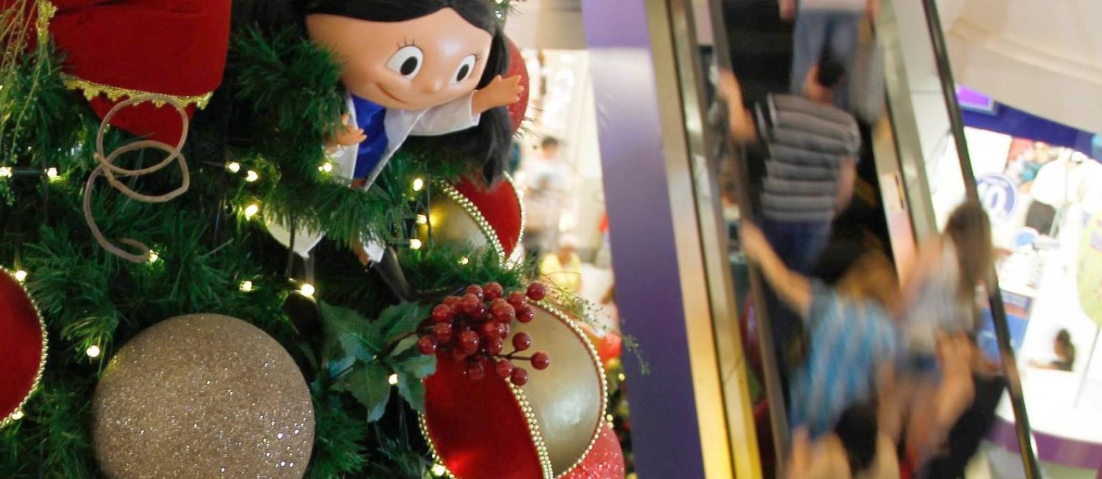 Compras de Natal no Norte Shopping Foto: Pedro Teixeira / Agência O Globo