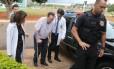 O deputado Paulo Maluf, quando chegava ao IML em Brasília, no dia 22