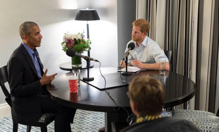 Obama alerta sobre redes sociais em entrevista ao príncipe Harry