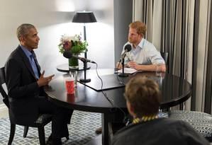Barack Obama foi entrevistado pelo príncipe Harry Foto: Reprodução/Twitter