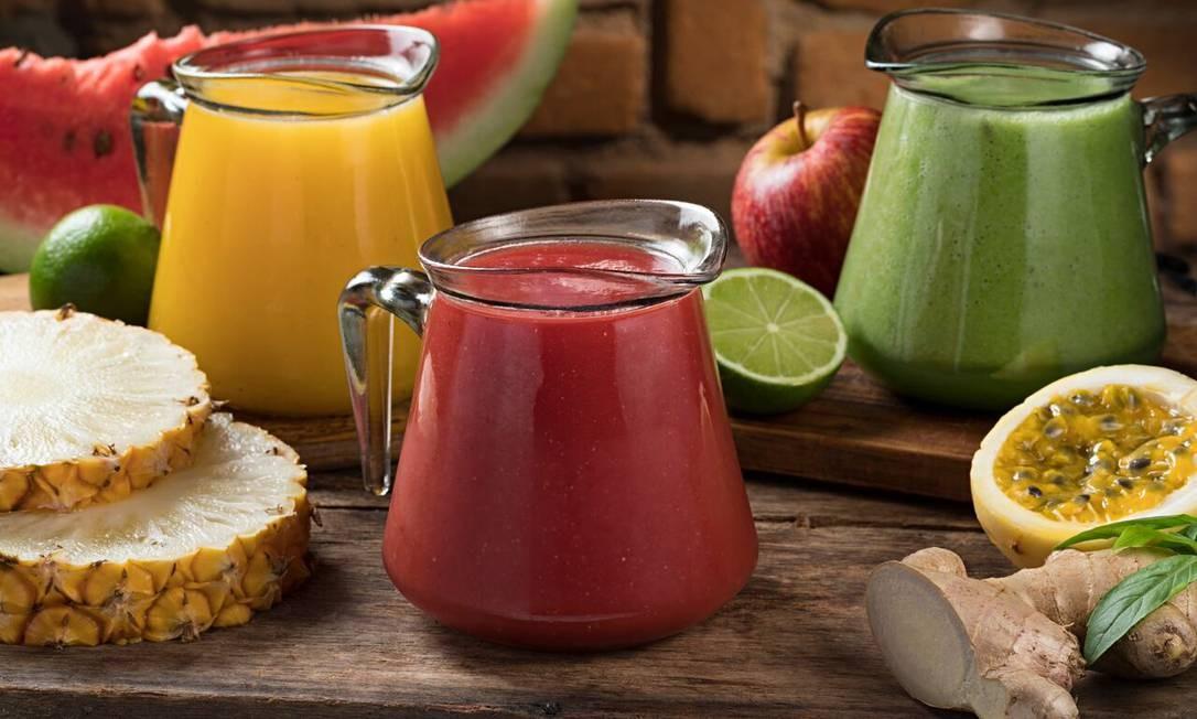 Fiammeta. A casa tem um time reforçado de sabores para combater a ressaca: melancia com gengibre (R$ 13,90) e suco verde (R$ 15,90), com espinafre, limão, couve e maçã verde e suco de maracujá com manjericão (R$ 13,90). Rua General Severiano 97, Botafogo (2295-9096). Seg a qui, do meio-dia às 23h. Sex e sáb, do meio-dia à meia-noite. Dom e feriado, do meio-dia 12h às 23h. Foto: Rodrigo Azevedo / Divulgação