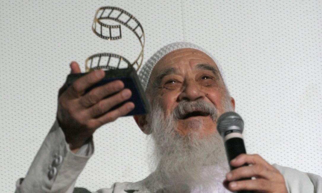 Fernando Birri recebe homenagem na abertura do Festival de São Luís, em 2006 Foto: Leonardo Lara / Divulgação