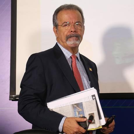 O ministro da Defesa, Raul Jungmann, durante entrevista coletiva Foto: Ailton de Freitas/Agência O Globo/28-12-2017