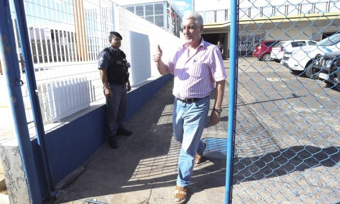 Barroso concede liberdade, e Pizzolato deve ser solto quinta