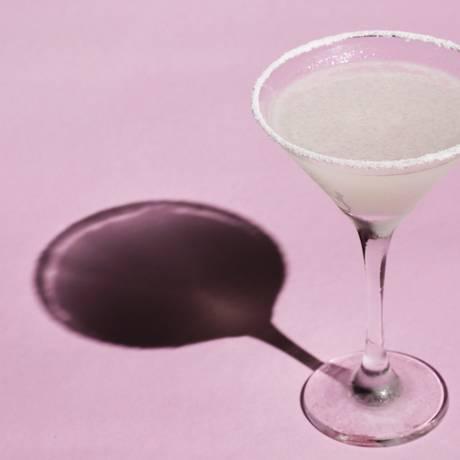 A combinação de açúcar e sal faz da Margarita o drinque que provoca mais estragos na pele Foto: Mônica Imbuzeiro / Agência O Globo