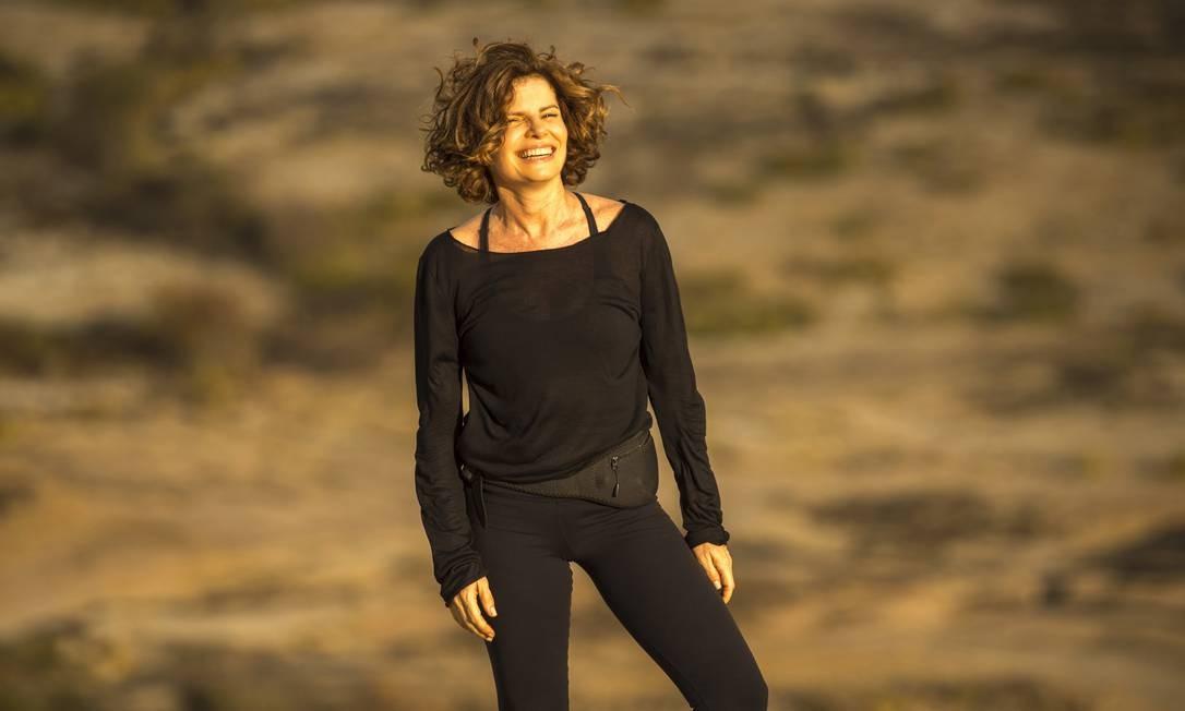 Rosinete (Debora Bloch) é mulher do poderoso empresário Pedro Gouveia (Alexandre Nero) Divulgação/TV Globo/Estevam Avellar
