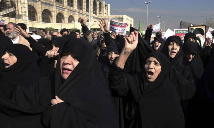 Marchas populares contra governo do Irã têm 200 presos