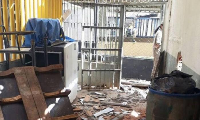 Rebelião deixa mortos e feridos em presídio de Aparecida de Goiânia