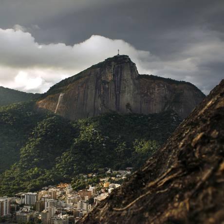 Corcovado é um dos locais retratatados na obra Foto: Divulgação/Paulo Velozo