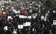 Iranianos protestam em Teerã