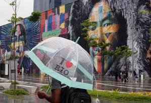 Tempo instável deve continuar no Rio devido à passagem de frente fria pelo oceano Foto: MARCOS DE PAULA / Agência O Globo